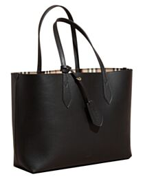 Burberry The Medium Reversible Tote in Haymarket Check and Leather 40496351